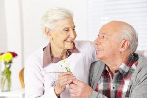 年金の繰下げ受給の手続きは?注意点は?