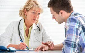 言葉に不安な場合には、電話による通訳や実際に病院に通訳をアテンドしてくれます。