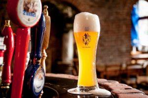 ベトナムのビール、すごい美味しい。これで痛風も悪化します。