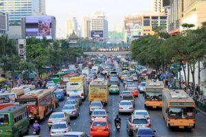 タイの現地医療保険と比較してみました。