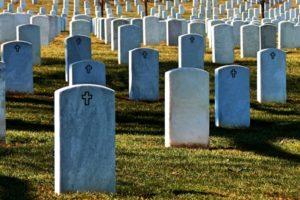 保険が無いことが原因で、年間18,000人が死亡しました。