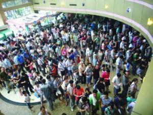 中国のローカル病院は常に長蛇の列。待ち時間3時間診察3分当たり前。