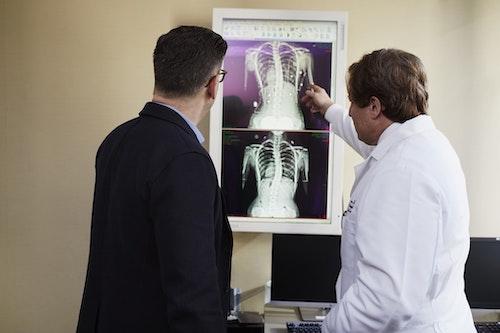 医師が勧めた検査でも保険対象外になるケースもあります。